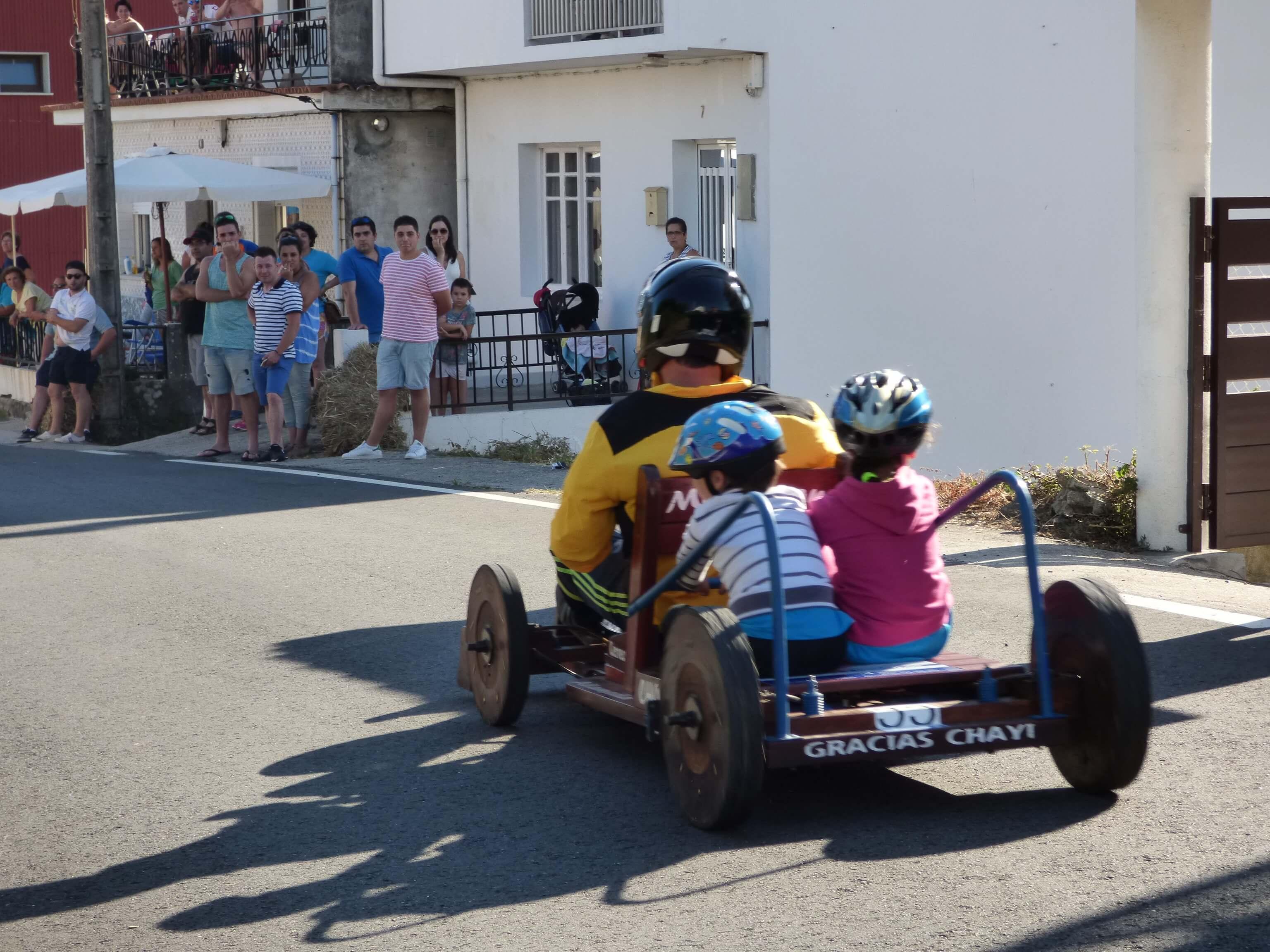 Imaginación sobre ruedas para descubrir Esteiro y comarca con sus carrilanas